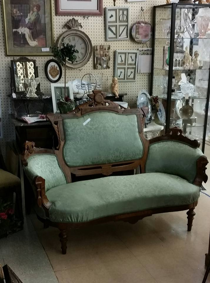 Get In Touch With History - Antique Store Wildwood Antique Malls Shop  Antiques - Antique Furniture Orlando Antique Furniture