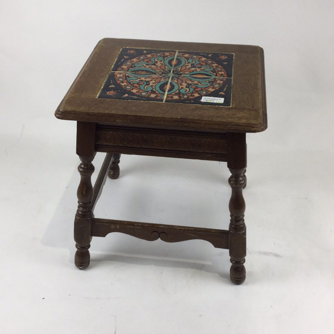 Catalina Pottery 4 Tile Top Table From The A W Fridley Collection Author Of Early Years 19 X H